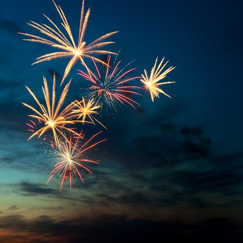 Aval a nueva ley que regularía venta de fuegos artificiales