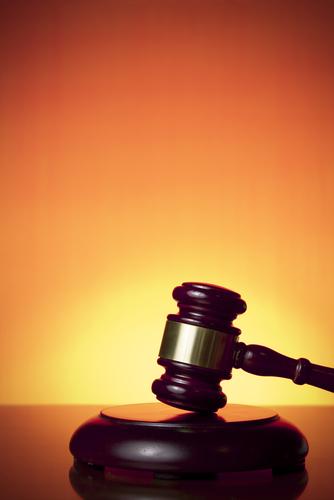 Sentencia de juez Gelpí en torno al acceso de Testigos de Jehová a urbanizaciones cerradas