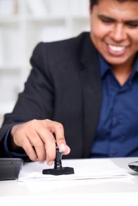 Enmiendas a Ley Hipotecaria incluyen que notarios puedan presentar escritos de recalificación