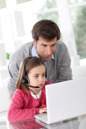Ley que podría pautar guías para comunicación electrónica entre un padre no custodio y su hijo