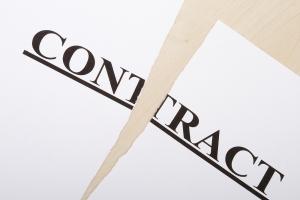 Impugnado por el Tribunal Supremo contrato retroactivo otorgado por el gobierno