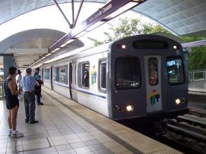 Celebran 8 años de operaciones del Tren Urbano