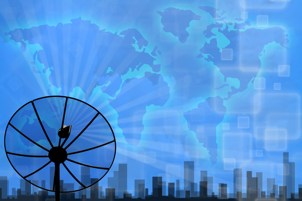 Proyecto penalizaría piratería de satélites de televisión