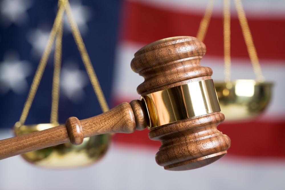 Tribunal Supremo define jurisdicción para atender reclamo bajo Ley de Derechos Civiles federal