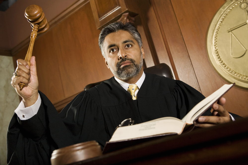 Tribunal Supremo confirma culpabilidad de abogado por delito de desacato