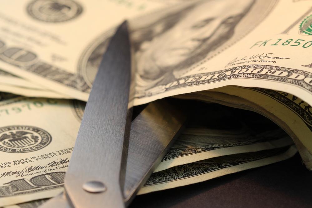 Financiamiento para reducir déficit presupuestario de $245 a $92.5 millones