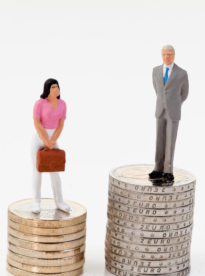 ¿Cobran las mujeres menos que los hombres en el 2014?