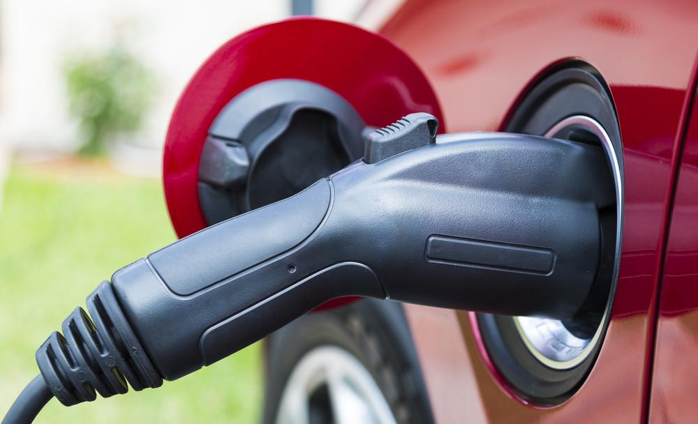 Exención de arbitrios para vehículos impulsados mayormente por electricidad
