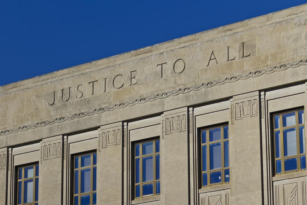 Garantizando acceso a la justicia