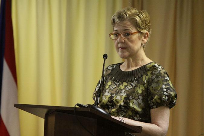 Hon. Isabel Llompart Zeno