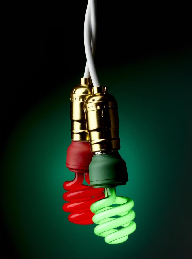 ¿Cómo puedes ahorrar en tu factura de luz durante las fiestas y el nuevo año?