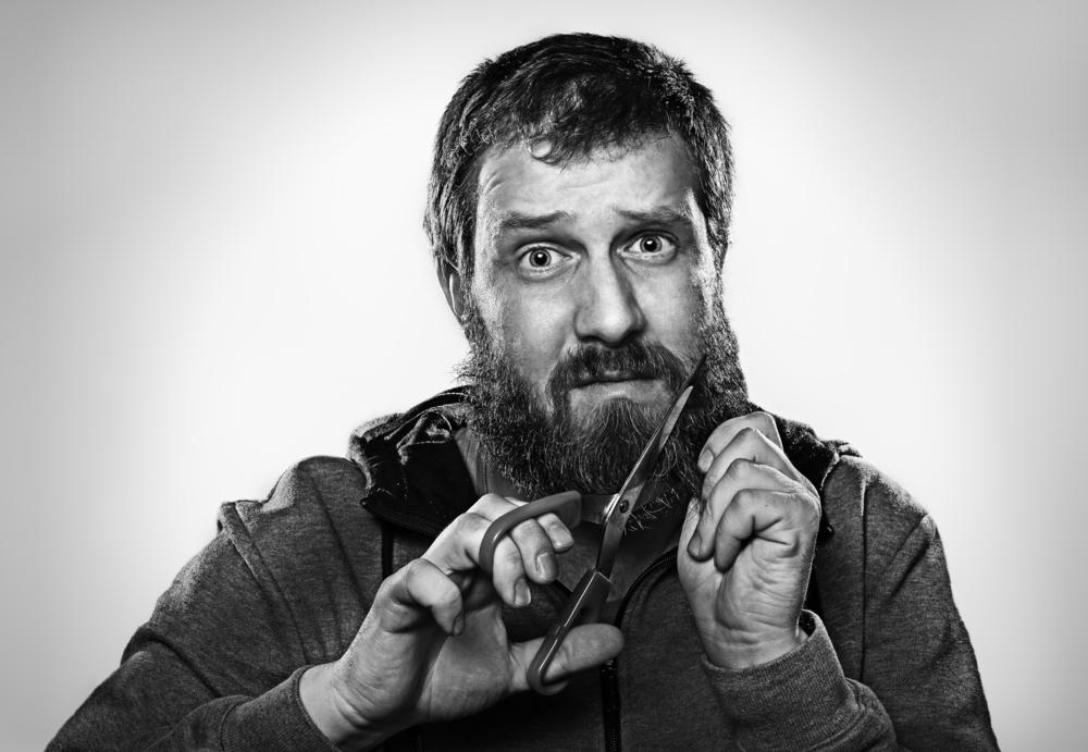 Infringen derecho a libre ejercicio de religión a confinado musulmán que quería mantener su barba