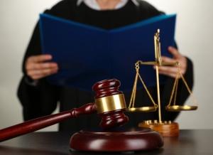 Estados podrán restringir que candidatos a juez soliciten donaciones personalmente