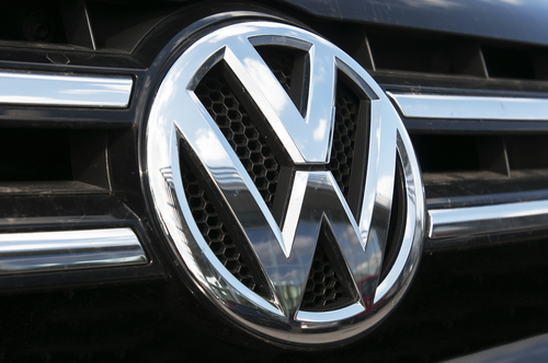 Volkswagen se enfrenta a problemas legales luego escándalo por emisiones de gases