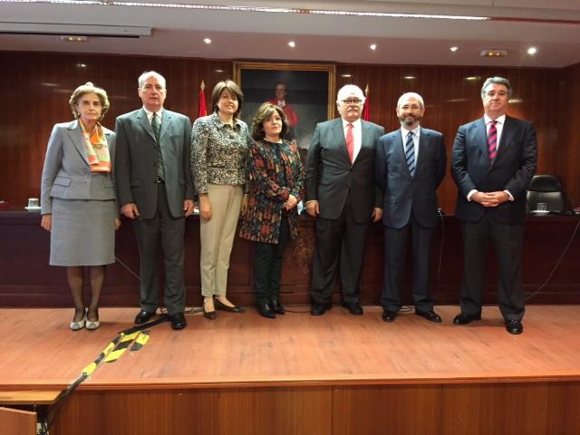 Catedrática de la Inter Derecho obtiene doctorado de la Universidad Complutense de Madrid