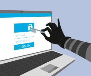 """Twitter alerta gobiernos están """"hackeando cuentas"""""""