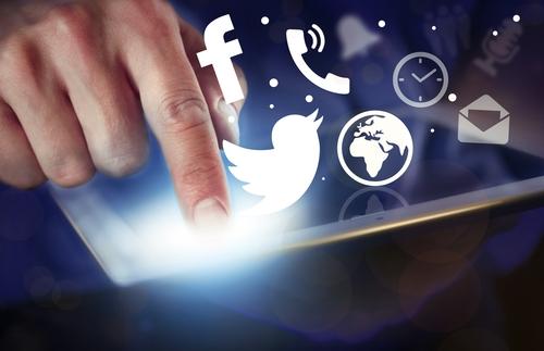 Legislador impulsa medida para obtener contraseñas de redes sociales del gobierno