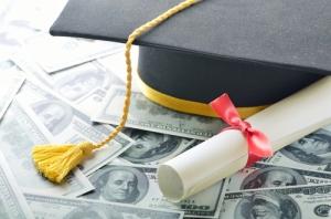 Supremo deniega borrar deudas de prestamos estudiantiles, graduado tendrá que pagar