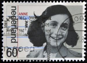 Entra al dominio público Diario de Ana Frank mientras continúa disputa por sus derechos