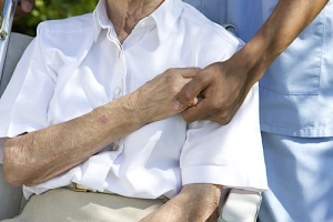 Cuidador designado por paciente dado de alta estará a cargo del cuidado post hospitalario