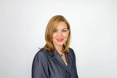 Lcda. Lourdes I. Quintana-Lloréns