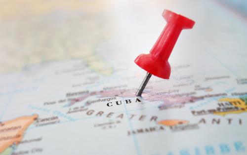 Pronto comenzarán viajes directos a Cuba por mar y aire
