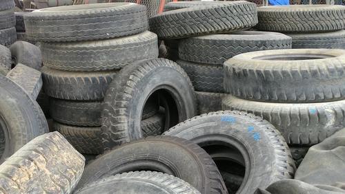 Fondo atenderá emergencias relacionadas con neumáticos desechados que amenazan salud pública