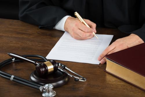Primer Circuito recupera dinero otorgado a familia de occiso en acción por impericia médica luego de que Distrito lo había eliminado