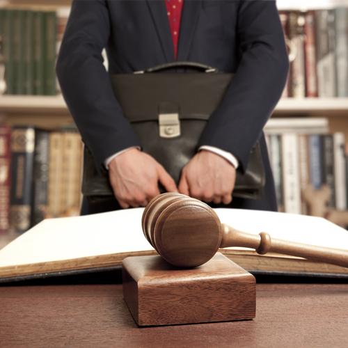 Tribunal Supremo alerta sobre enmiendas al formulario para solicitar admisión por cortesía