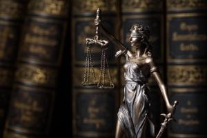 Supremo federal: Leyes escritas por hombres para proteger a las mujeres deben ser escrutadas