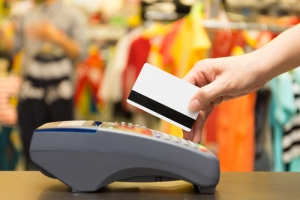 Prohibido solicitar información personal en transacciones con tarjetas de crédito o débito