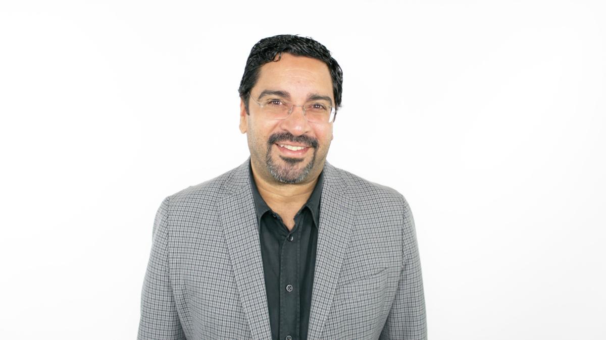 Luis E. Rodríguez