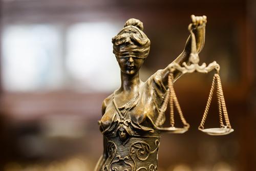 Fiscal General de Pennsylvania convicta por nueve cargos criminales incluyendo perjurio