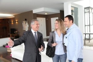 Inactivadas las licencias de bienes raíces al año de vencidas