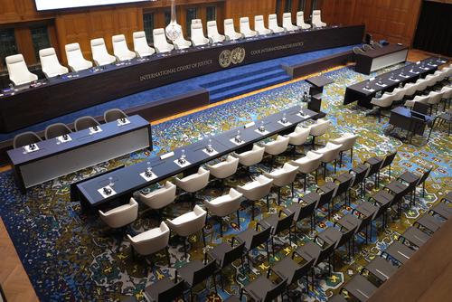 Oficiales ejecutivos de empresas podrán ser acusados como criminales de guerra ante Tribunal de La Haya