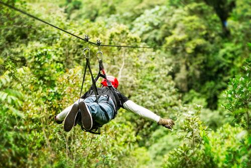 Proyecto para reglamentar tirolsas (ziplining) y otras actividades recreativas de alto riesgo