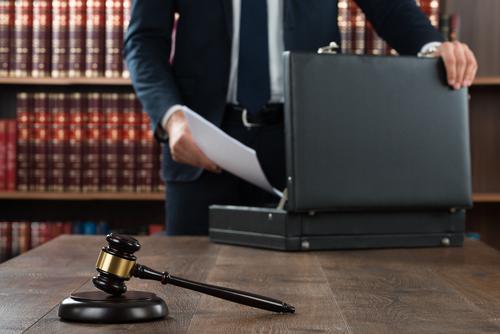 Título IV de PROMESA – Disposiciones misceláneas: La paralización automática y remedios contra transferencias (Secciones 405 y 407)