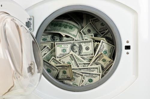 Causa para arresto contra 8 personas por esquema de lavado de dinero con cuenta de Tribunales
