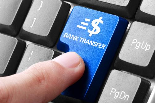 Supremo federal: Una persona puede ser culpable de fraude a un banco bajo ley federal, aunque su intención fuera engañar al depositante