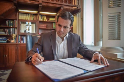 Ricardo Rosselló Nevares - firma