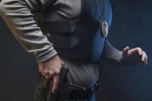 Demandan a EEUU por agresión contra padre e hijo; Tribunal avala intervención como Terry Stop