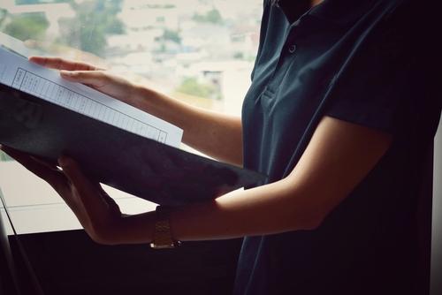Organización convoca a público para comentarios sobre reglamento que regirá cuentas de abogados