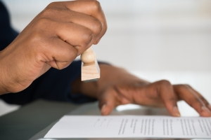 Gobernador presenta reforma de permisos