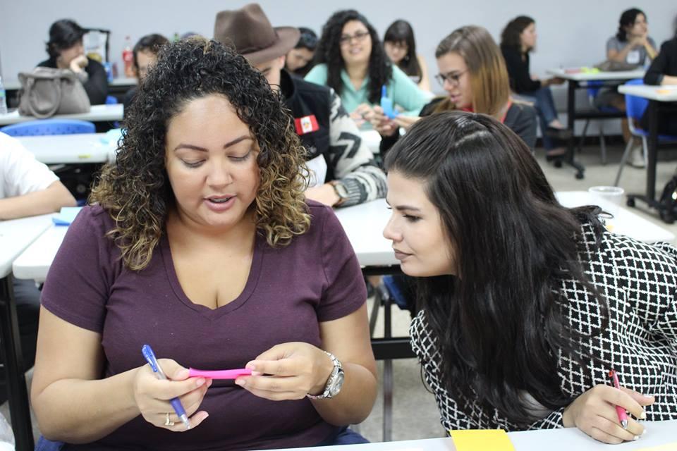 Internados de innovación social para universitarios