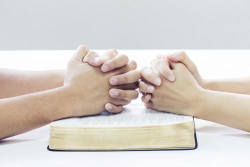 Ley para las Iglesias-Escuela