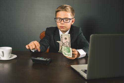 Radican proyecto para para educar a jóvenes en el manejo de finanzas personales
