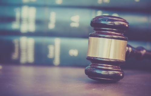 Supremo desestima apelación criminal por incumplimiento de forma apelativa y dos jueces disienten