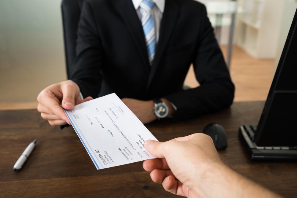 Traspaso de negocio en marcha y patrono sucesor ¿A quién le corresponde el pago de la indemnización por despido sin justa causa?
