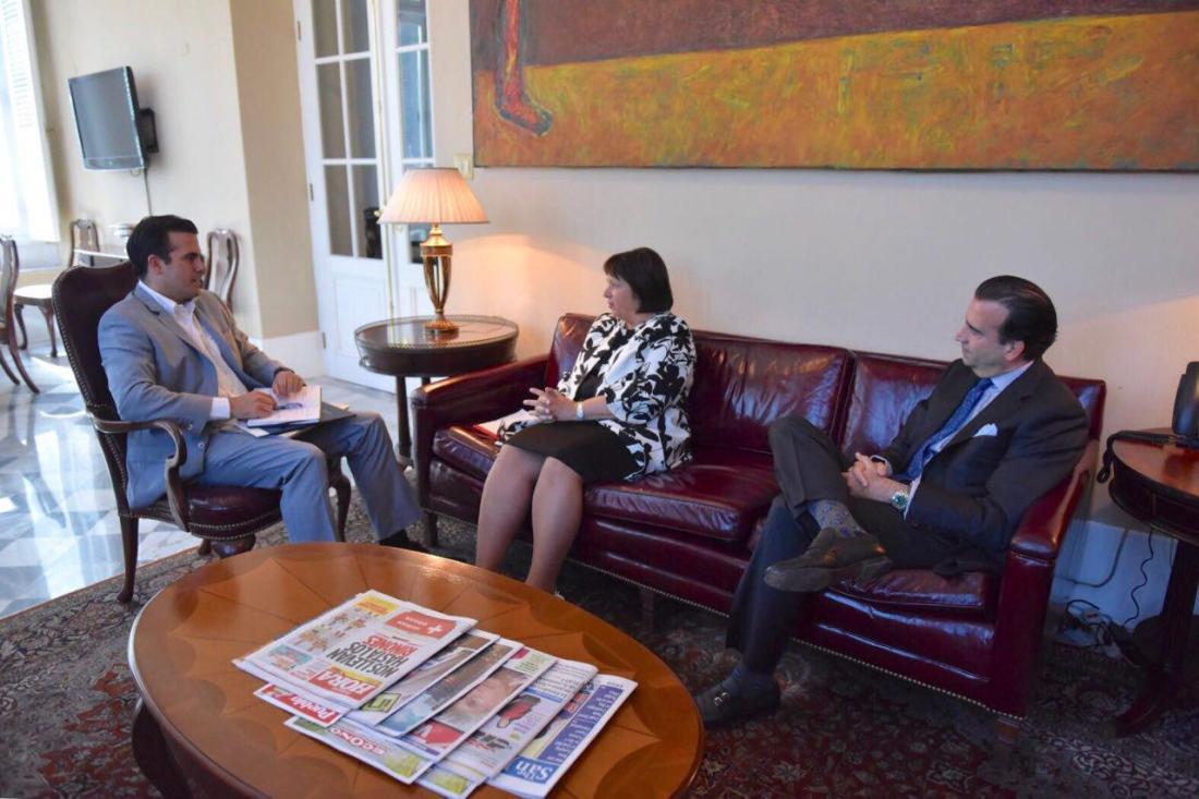 Gobernador se reúne con directora ejecutiva y presidente de la Junta de Supervisión Fiscal