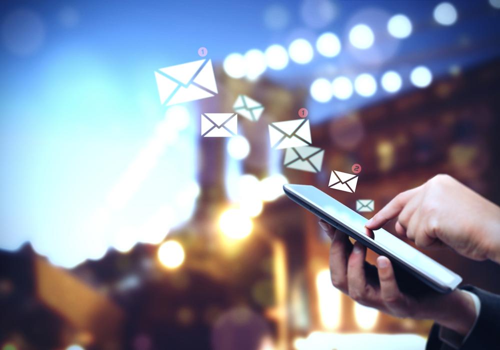 Demandan a abogado por reenviarse correos electrónicos de ex socio sin su consentimiento